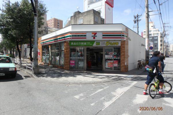 I-11  セブンイレブン松山店 2020年