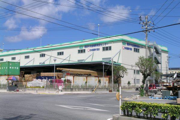 J-01  琉球中央倉庫物流センター 2000年